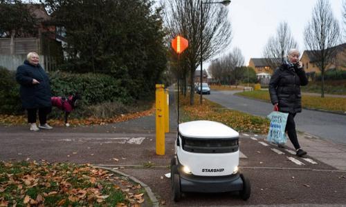 Starship robot delivering groceries